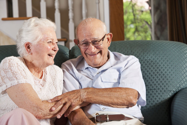 http://simplifyitllc.com/wp-content/uploads/2016/03/senior-couple-600x400.jpg